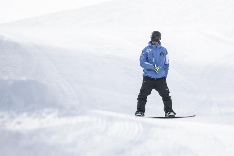 Corso collettivo di snowboard